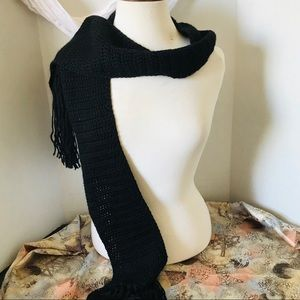 Accessories - Knit scarf